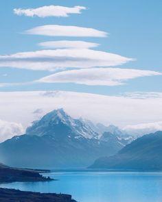 Emerald blue Lake Pukaki and majestic Mt Cook  #newzealand #lakepukaki #mtcook #tasmanglacier #southislandnz #wonderlustnz #NZmustdo