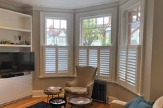 Cafe Style Shutters In The Living Room    #interiordesign #homedecor #gallery #picture #livingroom #shutters #inspiration #london #shutters #custom #bespoke #madetomeasure #fitting #colour #personalised #tuesdaymotivation #windows #colour #potd #picoftheday #livingroom #home #house #londonstyle #homestyling #modernhome #modern #beautiful #tierontier