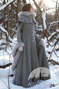 Manteau fantastique de laine grise « Héritière de l'hiver » d'ArmStreet