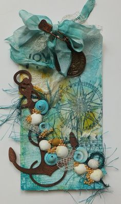 netting with shells - sea-side feel - embellishment inspiration - art journaling Atc Cards, Card Tags, Gift Tags, Nautical Cards, Nautical Theme, Handmade Tags, Marianne Design, Paper Tags, Artist Trading Cards