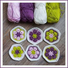 No information attached to this - just the picture to show how these colours can look so lovely together: previous pin has details of how to make the African Flowers Más Crochet Afghans, Crochet Motifs, Crochet Blocks, Crochet Squares, Crochet Granny, Baby Blanket Crochet, Crochet Stitches, Knit Crochet, Granny Squares