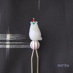 玉乗りシロクマと真鍮のかんざし|ヘアアクセサリー|norbu|ハンドメイド通販・販売のCreema