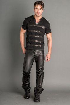 Logan Riese Leather T-Shirt Mens Leather Pants, Tight Leather Pants, Men's Leather, Mens Fashion 2018, Men's Fashion, Leder Outfits, Leather Fashion, Black Men, Sexy Men