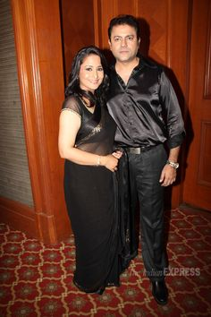 Lata Sabharwal Seth is all smiles looking pretty as she poses with her husband Sanjeev Seth at the season launch of 'Nach Baliye - 6' #Bollywood #Fashion #Style #Beauty