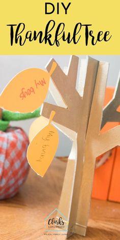 Cricut THanksgiving / Thanksgiving Tree / Thankful Tree / Thanksgiving Craft / Cricut Crafts via Thanksgiving Tree, Thanksgiving Projects, Cool Diy Projects, Projects To Try, Project Ideas, Cricut Tutorials, Cricut Ideas, Upcycled Crafts, Diy Crafts