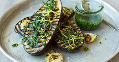 Grillet aubergine | Oppskrift | Meny.no Avocado Toast, Breakfast, Food, Crickets, Meal, Essen, Morning Breakfast