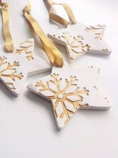 Craft ideas for DIY gifts for Christmas, Christmas decorations made of clay . - Craft ideas for DIY gifts for Christmas, Christmas decorations made of clay … ideas - Diy Gifts For Christmas, Christmas Decorations For Kids, Christmas Clay, Christmas Makes, Diy Christmas Ornaments, Holiday Crafts, Ornaments Ideas, Snowflake Ornaments, Christmas Snowflakes