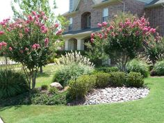 Cool 55 Low Maintenance Front Yard Landscaping Ideas https://insidecorate.com/55-low-maintenance-front-yard-landscaping-ideas/ #lowmaintenancelandscaperock