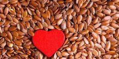 Fantastici semi di lino. Piccoli, preziosi alimenti che non dovrebbero mancare mai nella nostra dispensa dato che, oltre ad essere ottimi rimedi naturali in diverse situazioni, si possono anche utiliz