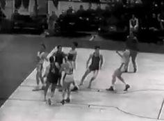 1 novembre 1946 1er match officiel de la National Basketball Association