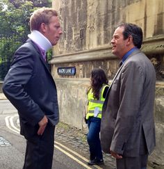 """Say it...Hathaway (Laurence Fox) & Lewis (Kevin Whately) filming """"Lewis"""" (BBC)...Oxford"""