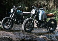 Yamaha XT600 on the right by Adhoc