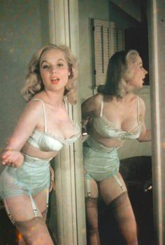 Betty Brosmer, later known by her married name Betty Weider, is an American bodybuilder and physical fitness expert. During the she was a popular commercial model and pin-up girl. Lingerie Vintage, Sexy Lingerie, Green Lingerie, Vintage Burlesque, Luxury Lingerie, Look Vintage, Vintage Beauty, Betty Brosmer, Retro Fashion
