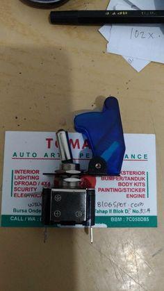 switch on off -utk lampu atau yg lainnya -12 volt, warna biru -bisa nyala/ada lampunya,tomato 082210151782