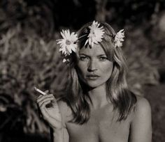 Kate Moss - Style Icon by thelma Kate Moss, Hippie Style, Hippie Chick, Heroin Chic, Queen Kate, Miss Moss, Next Wedding, Wedding Dress, Portraits
