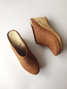 No. 6 New School Clog on Wedge - Tobacco
