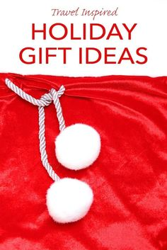 Ultimate Christmas gift guide. More than 150 travel inspired holiday gift ideas for your favourite globetrotter. Take a look!