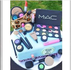 Torta de maquillaje ❤️❤️