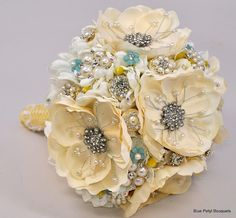 Magnolia Bling! #wedding #bouquet