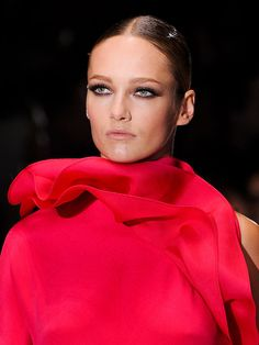10 Trends for Spring 2013: RUFFLES from Gucci.