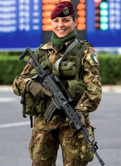 Italian Paratrooper at the Olypmic Games in Turin in 2006 with a AR70/90.