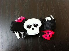 """This is SO cool!! The pic doesn't do it justice!    This listing is for 1 hair clip!    Perfect for a toddler or an older girl & can even be attached to a headband for an infant!     The clip is a 2"""" alligator clip."""