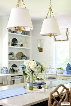 Kitchen island styled with hydrangeas and limes and a gold tray for summer. #kitchen #kitchisland #kitchendecor #summerdecor #gingerjars #blueandwhite Beautiful Kitchens, Cool Kitchens, White Kitchens, Kitchen Trends, Kitchen Ideas, Kitchen Design, Diy Kitchen Remodel, Kitchen Renovations, Kitchen Decor Themes