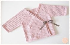 In tricot veritas Crochet Baby Sweaters, Knit Crochet, Baby Knitting Patterns, Tricot Baby, Baby Barbie, Baby Pullover, Crochet For Kids, Reborn Babies, Couture