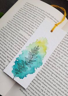 Creative Bookmarks, Cute Bookmarks, Bookmark Craft, Paper Bookmarks, Ribbon Bookmarks, Watercolor Birthday Cards, Watercolor Bookmarks, Watercolor Paper, Watercolor Paintings For Beginners