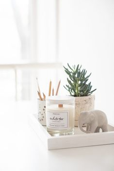 room decor White projects - Soy candle white tea, handmade soy wax candles in glass buy Odessa White Room Decor, Living Room Decor, Bedroom Decor, Home Interior, Interior Design, Ideas Para Organizar, White Candles, Wax Candles, Luxury Candles