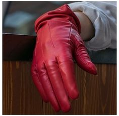 Red Gloves, Leather Gloves, Leather Men, Red Leather, Leather Pants, Red Handbag, Red Fashion, Fashion Outfits, Badass Women