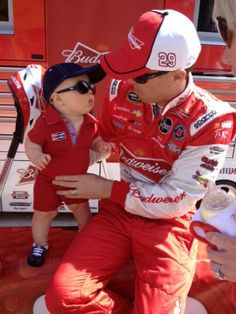 Harvick and his son Keelan, how sweet!