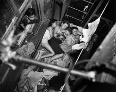 Weegee - Children sleeping on the fire-escape (1938)