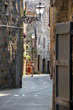 Pitigliano, Tuscany, Italy                                                                                                                                                      Más