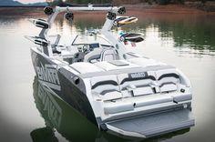 2015 Pavati AL-24s Wake Boat w/ Silver Lightning wrap.