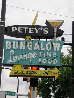 Petey's Bungalow Lounge