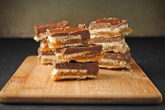 Homemade Twix Bars {No-Bake!!} from @jen @ Juanita's Cocina