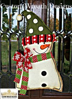 Burlap Snowmand Door Hanging by lilmaddydesigns on Etsy