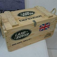 Want this Land Rover Defender box!