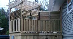 Compact louvered deck design with BBQ area Outdoor Projects, Easy Diy Projects, Project Ideas, Indoor Outdoor, Outdoor Living, Outdoor Decor, Privacy Walls, New Neighbors, Bbq Area