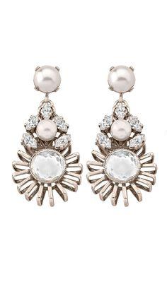 #JOYAS PARA NOVIAS E INVITADAS- pendientes con brillo y perlas de #antonheunis disponibles para su alquiler en #dresseos