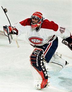 Le gardien de but Éric Fichaud a été repêché par les Maple Leafs de Toronto, le 16e choix au total, lors du repêchage de 1994. Il est réclamé au ballottage par les Canadiens le 11 février 2000. Il a disputé deux parties avec le Tricolore, soit les 17 et 18 novembre 2000, enregistrant la défaite à chaque occasion. Fichaud a signé une nouvelle entente avec les Canadiens le 10 septembre 2002, passant deux saisons avec le club-école de l'équipe dans la Ligue américaine. Montreal Canadiens, Hockey Goalie, Ice Hockey, Nhl, Toronto, History, Sports, Goalie Mask, September 10