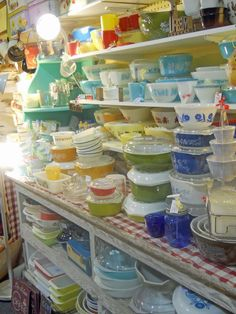 WANT ALL OF THIS!!!! Vintage Pyrex heaven!!