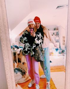 ✰ not my pics! Cute Preppy Outfits, Preppy Girl, Preppy Style, Summer Outfits, Girly Outfits, Casual Outfits, Preppy Winter, Winter Fits, How To Pose