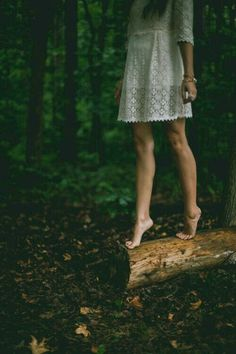 Barefoot through the Forest Deep ¤