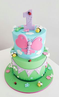 Butterfly cake by Dina's cupcakes and cakes