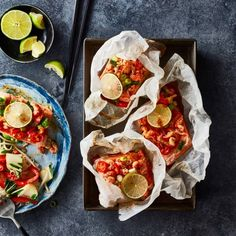 Boodschappen - Thaise zalmpakketjes met rivierkreeftjes en paksoi Wok, Food Porn, Slice Of Lime, Asian Kitchen, Asian Recipes, Ethnic Recipes, Vegetable Stir Fry, Fried Vegetables, Nutrition