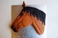 Pferdetortentutorial   Könnt ihr euch noch an meine Pferdetorte erinnern? Ich habe sie im März für eine meiner besten Freundinnen gemacht un...