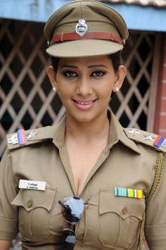 Sanjana singh latest stills  http://aplivenews.com/entertainment/sanjana-singh-latest-stills/