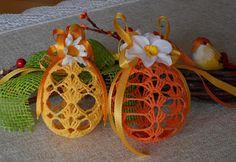 Ullis Bastelwerkstatt Easter Crochet Patterns, Happy Easter, Crochet Stitches, Easter, Dots, Amigurumi, Flower Crochet, Stocking Stuffers, Stones